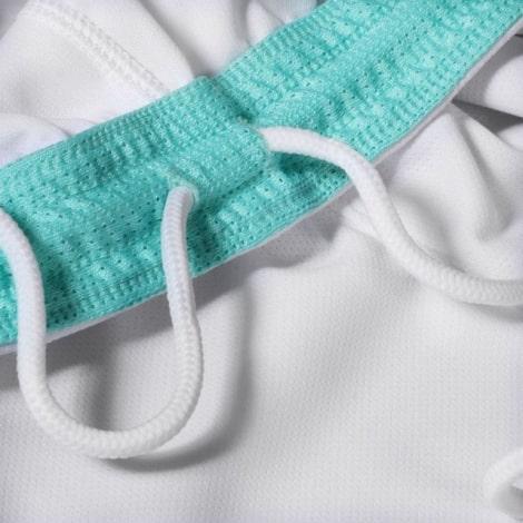Детская гостевая форма Интера Ромелу Лукаку 2019-2020 шорты вблизи