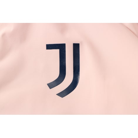 Сине-розовый костюм Ювентуса по футболу 2021-2022 герб клуба