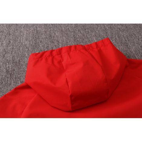 Красно-черный спортивный костюм АЯКС 2021-2022 капющон сзади