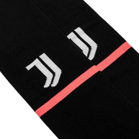 Комплект взрослой домашней формы Ювентуса 2019-2020 гетры герб клуба