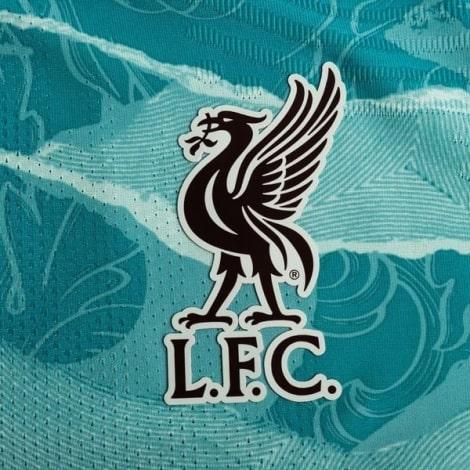 Гостевая аутентичная футболка Ливерпуля 2020-2021 герб клуба
