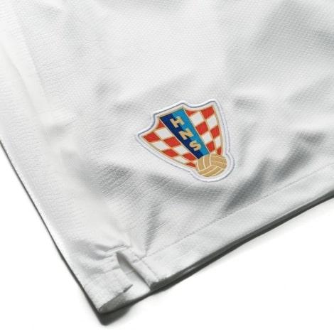 Детская домашняя форма Хорватии Модрич ЧМ 2018 номер 10 шорты герб клуба