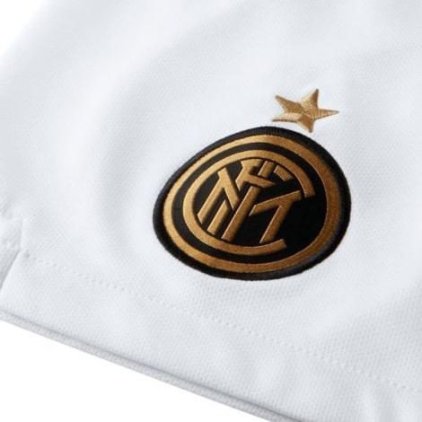 Детская гостевая футбольная форма Интера 2019-2020 шорты герб клуба