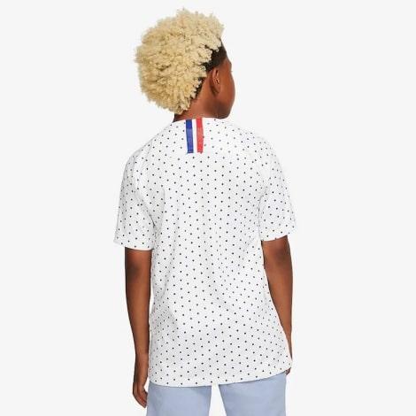 Детская гостевая футбольная форма Франции на Евро 2020 сзади