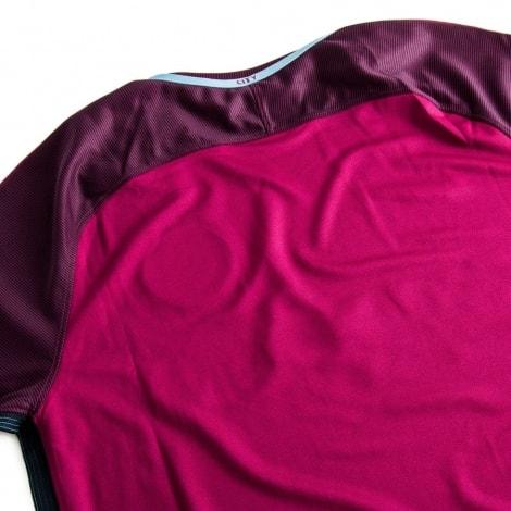 Спина гостевой футболки Манчестер Сити 17-18 вблизи