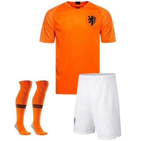 Домашний комплект детской формы Голландии 2019-2020 футболка шоры и гетры