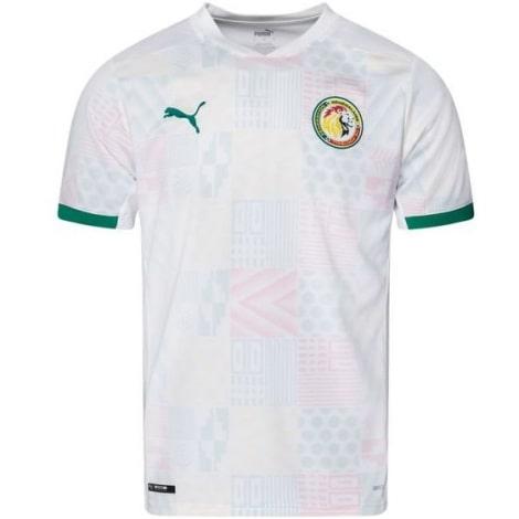 Комплект детской домашней формы Барселоны 2019-2020 футболка вблизи