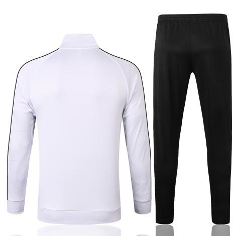 Черно-белый спортивный костюм Ювентуса 2021-2022 сзади