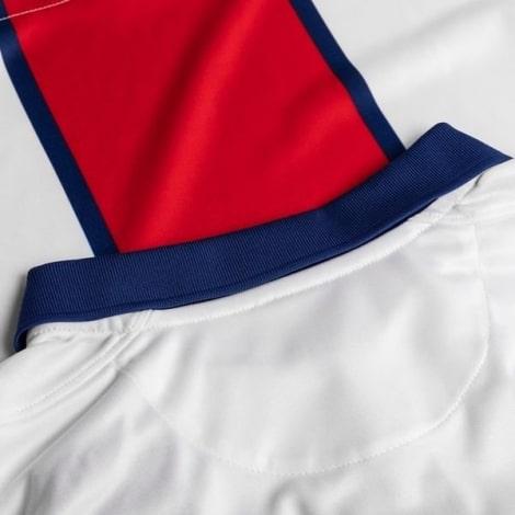 Гостевая футболка Реал Мадрид 2018-2019 Лука Модрич воротник