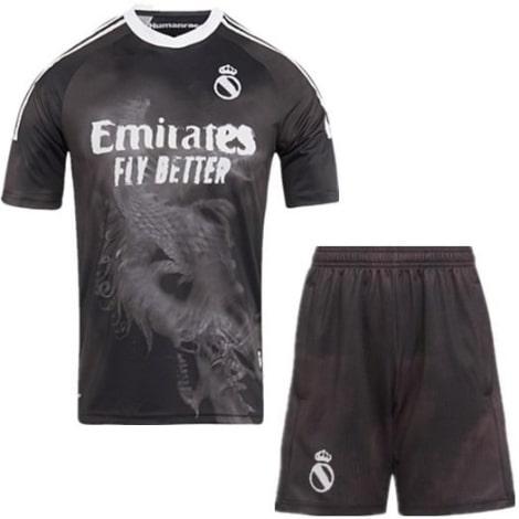 Комплект взрослой лимитированной формы Реал Мадрид 2020-2021
