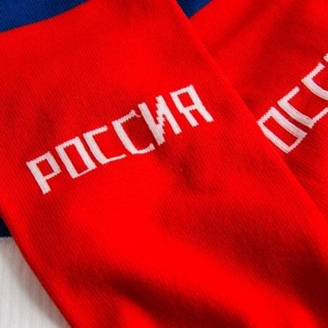 Детская домашняя форма России Артем Дзюба гетры вблизи