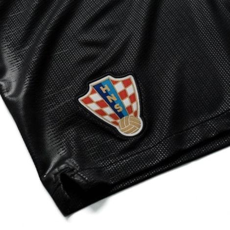 Гостевой комплект детской формы Хорватии на ЧМ 2018 шорты герб сборной