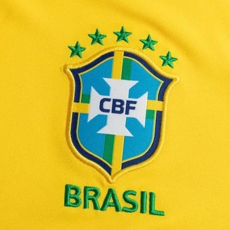 Детская домашняя форма Бразилии 2020-2021 футболка герб сборной