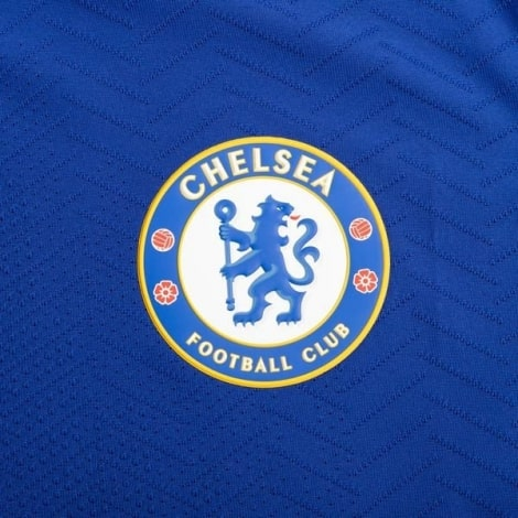 Домашняя аутентичная футболка Челси 2020-2021 герб клуба