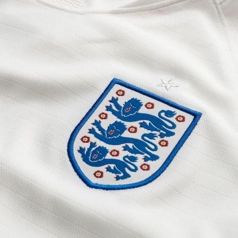 Женская домашняя футболка сборной Англии на ЧМ 2018 лого