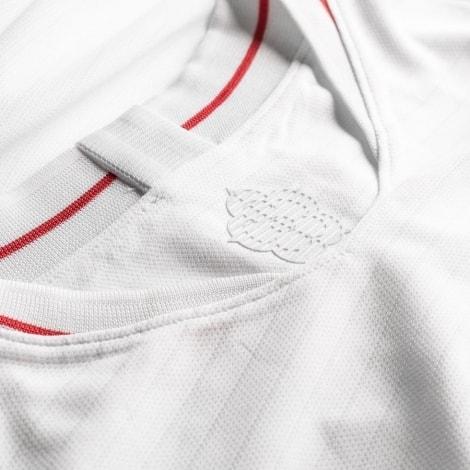 Футболка сборной Англии на ЧМ 2018 Гарри Кейн воротник