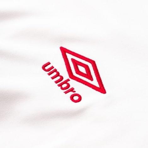 Белая домашняя футболка сборной Перу на чемпионат мира 2018 логотип