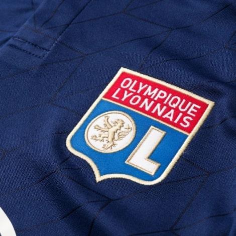 Гостевая игровая футболка Лион 2018-2019 герб клуба