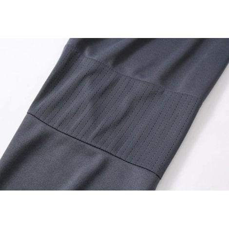 Взрослый черный костюм Арсенала 2018-2019 рукав вблизи
