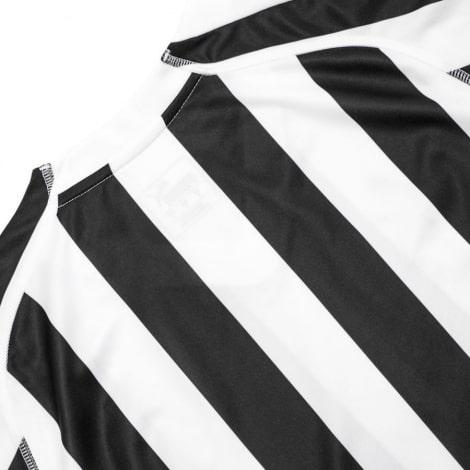 Домашняя игровая футболка Ньюкасл Юнайтед 2018-2019 сзади