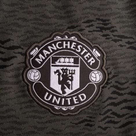 Гостевая игровая футболка Манчестер Юнайтед 2020-2021 герб клуба