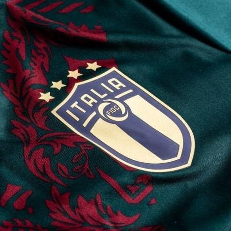 Тренировочная футболка сборной Италии 2019-2020 герб клуба