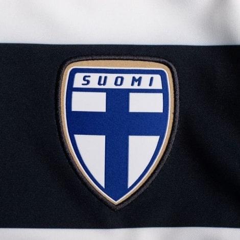 Гостевая игровая футболка сборной Финляндии на ЕВРО 2020