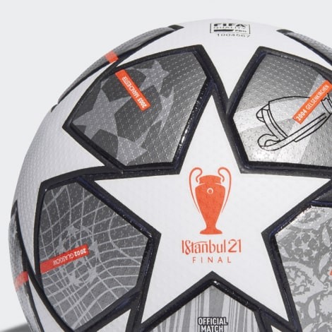 Мяч Лиги Чемпионов по футболу 2020-2021 финал в Стамбуле
