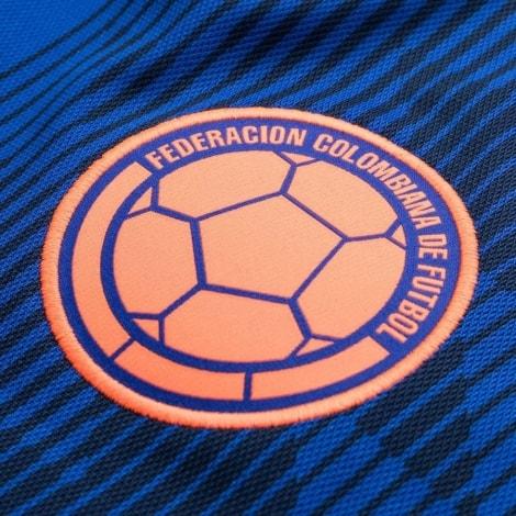 Футболка сборной Колумбии на чемпионат мира 2018 логотип