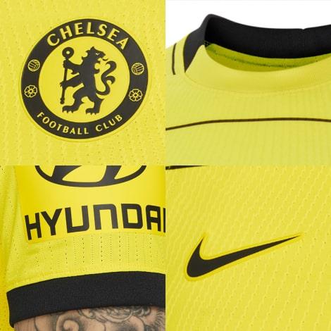 Гостевая игровая футболка Челси 2021-2022 логотипы
