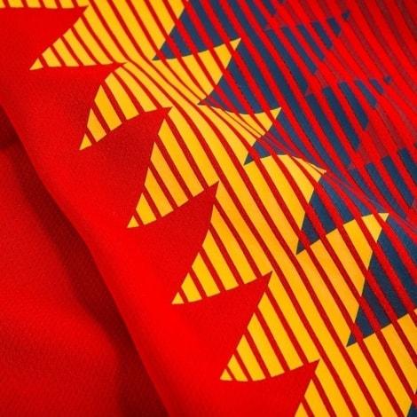 Женская домашняя футболка сборной Испании на ЧМ 2018 правая сторона