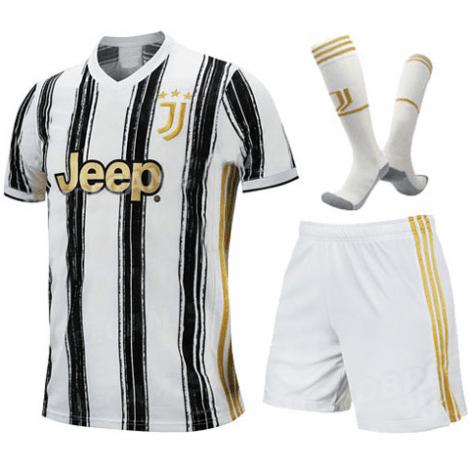 Детская домашняя футбольная форма Роналдо 2020-2021 футболка шорты и гетры спереди