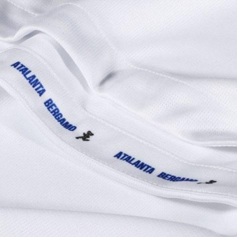 Вратарская гостевая футболка Реал Мадрид 2018-2019 вблизи