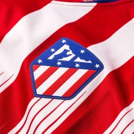 Женская домашняя футболка Атлетико Мадрид 2018-2019 герб клуба