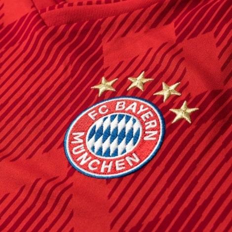 Футболка детской домашней формы Баварии 2018-2019 герб клуба