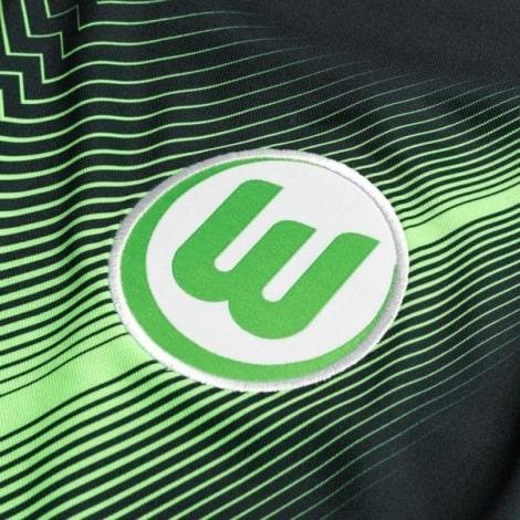 Домашняя игровая футболка Вольфсбурга 2019-2020 герб клуба