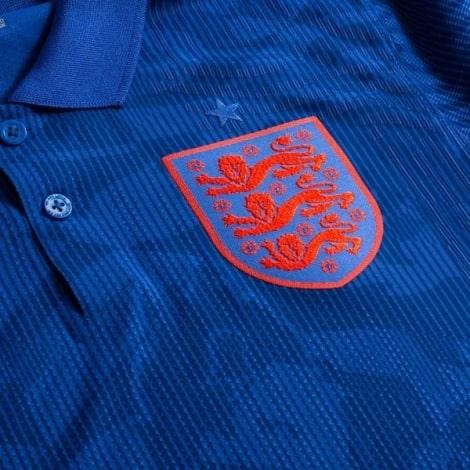 Гостевая аутентичная футболка Англии на ЕВРО 2020-21 герб сборной