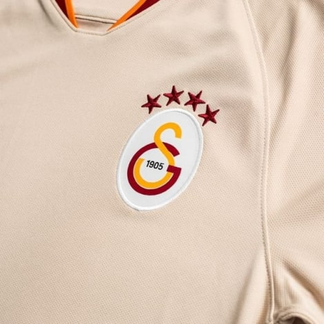 Гостевая игровая футболка Галатасарай 2019-2020 герб клуба