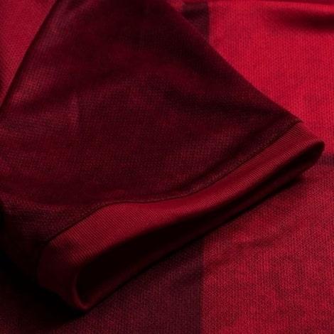 Домашняя игровая футболка сборной Испании на ЕВРО 2020 рукав
