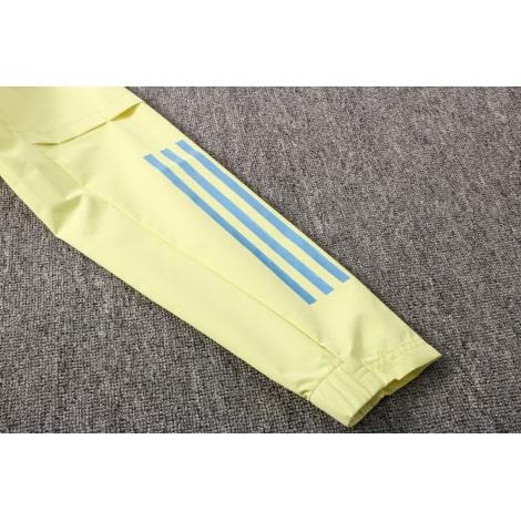 Сине-желтый костюм Арсенал по футболу 2021-2022 рукав