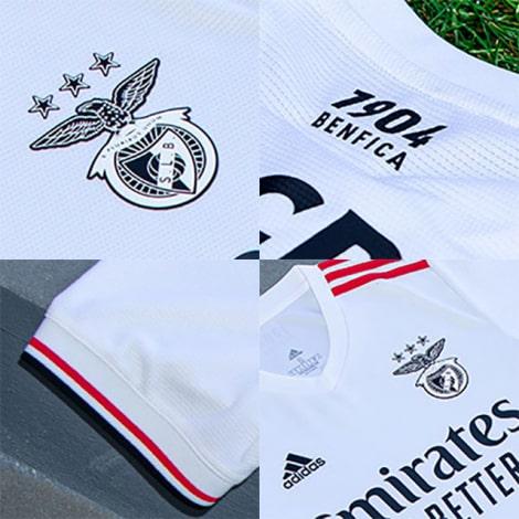 Гостевая игровая футболка Бенфика 2021-2022 логотипы