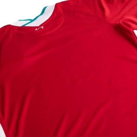 Женская домашняя футболка Ливерпуля 2020-2021 сзади