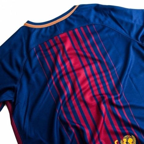 Домашняя футболка Барселоны 2017-2018 вид со спины