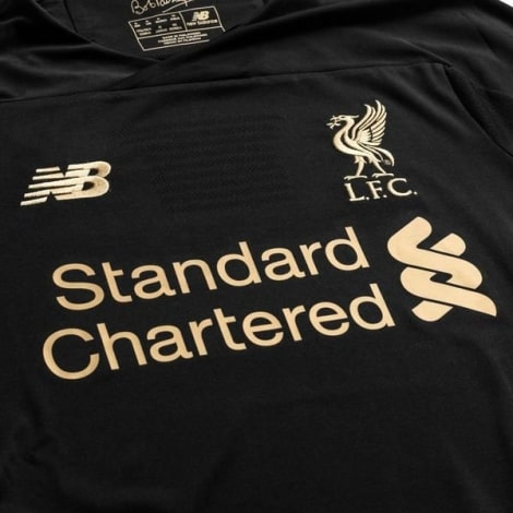 Комплект взрослой вратарской формы Ливерпуля 2019-2020 футболка титульный спонсор