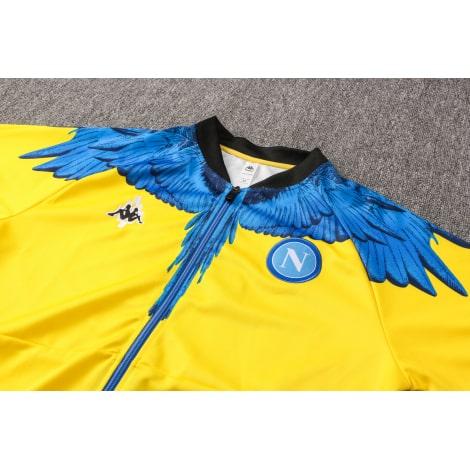 Желто-черный спортинвый костюм Наполи 2021-2022 вблизи