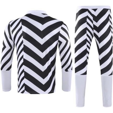 Черно-белый костюм Манчестер Юнайтед 2021-2022 сзади