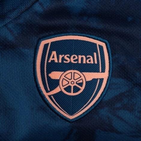 Комплект детской третьей формы Арсенала 2021-2020 футболка герб клуба