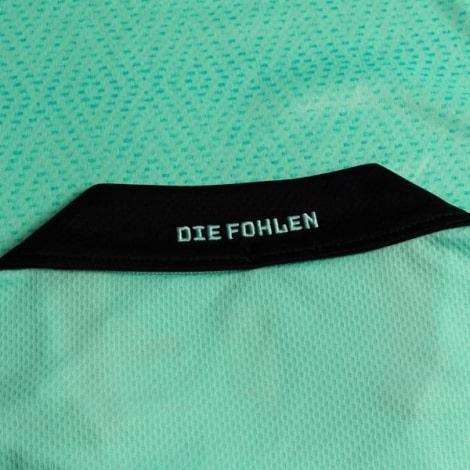 Третья игровая футболка Боруссии Менхенгладбах 2020-2021 воротник