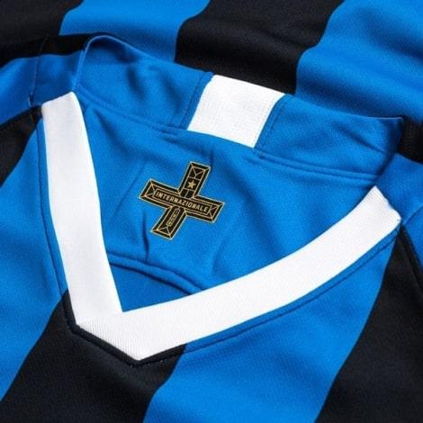 Домашняя игровая футболка Интера 2019-2020 воротник