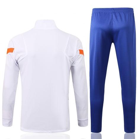 Бело-синий тренировочный костюм Челси 2021-2022 сзади